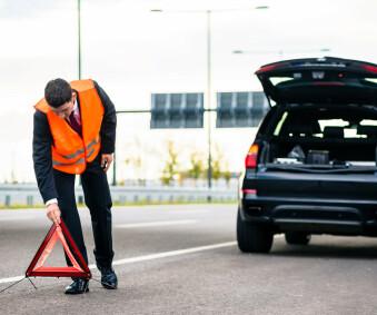 Sicherheitsrelevantes Zubehör im Auto