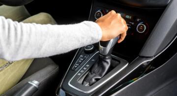 Automatikgetriebe vs. Handschaltung/Bremsen will gelernt sein