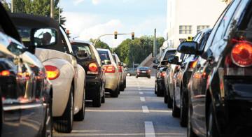 Stadtverkehr / Motorradwäsche und -pflege