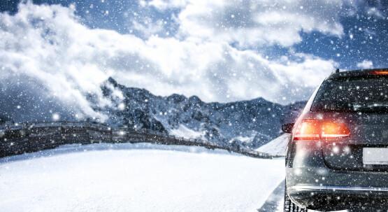 Autofahrten im Winter/Motorradbatterie: Pflege und Wartung