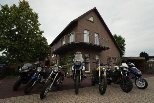 Unser Fuhrpark für die Zweirad-Ausbildung