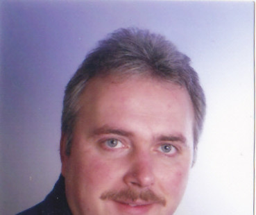 Hartmut  Blank