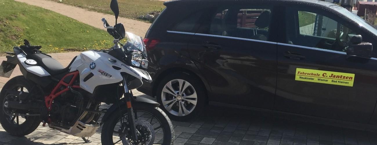 BMW 700 mit MB B200