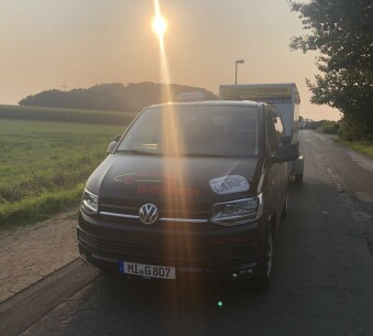 Vw Bulli T6 Automatik (Die Black Betty)
