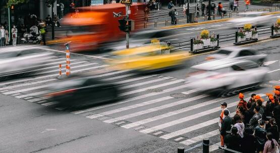 Der tägliche Wahnsinn: Ruhe bewahren im Stadtverkehr